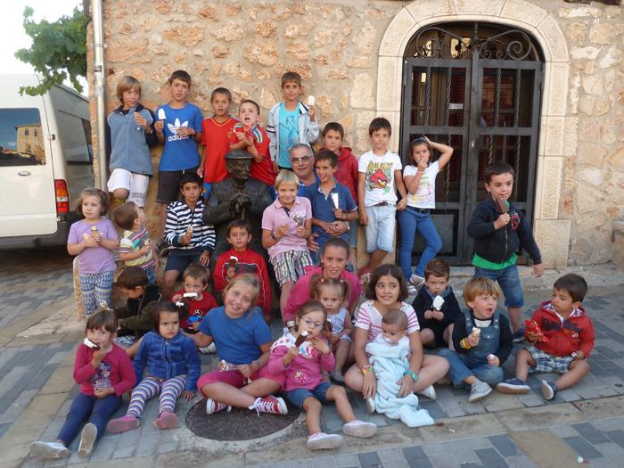 Merienda niños, Mecerreyes 2013 a