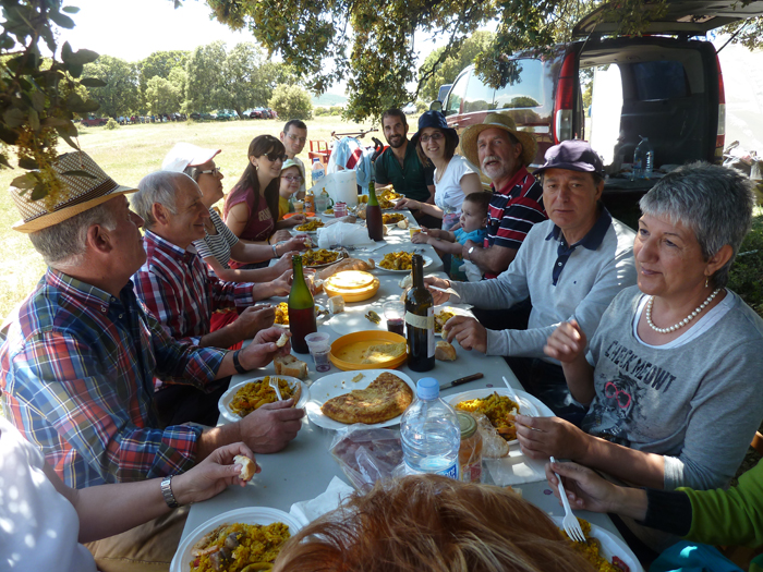 Mecerreyes, Romeria 30-05-2015, comida